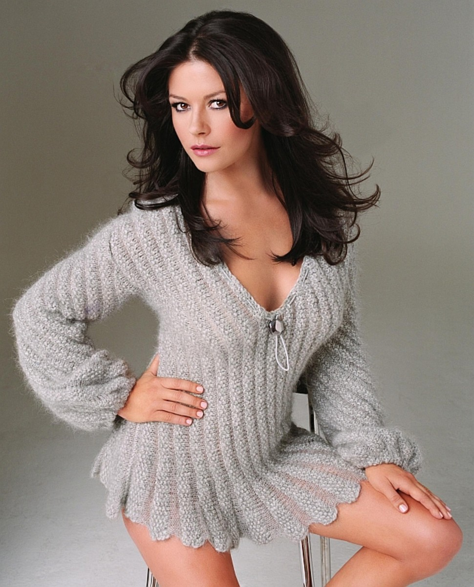 Catherine Zeta-Jones - Beautiful Women Over 40