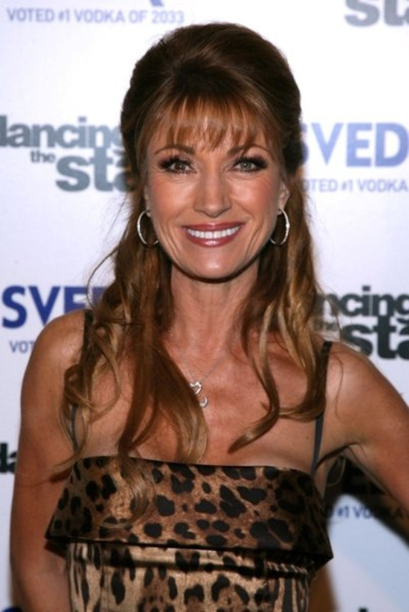 Jane Seymour - Beautiful Women Over 40