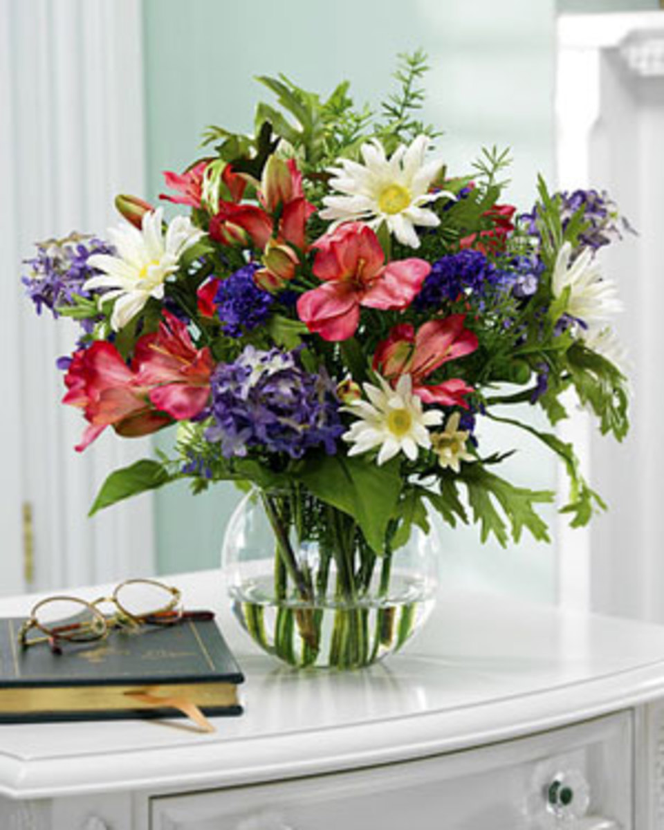 Knowing how to store silk flowers ensures that you can take advantage of their beauty for many years