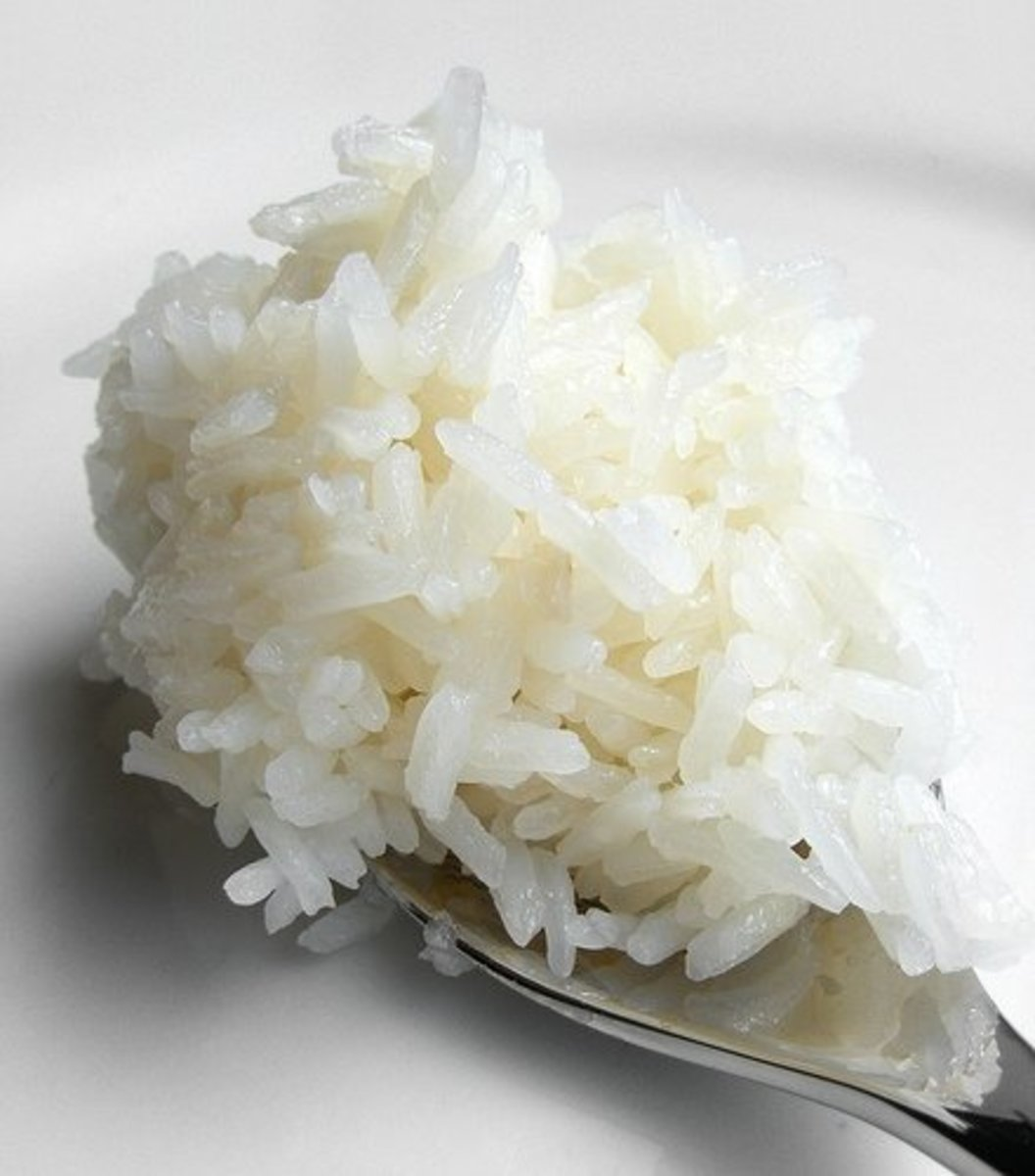 Cooked White Glutinous Rice (Photo courtesy by FotoosVanRobin from Flickr.com)