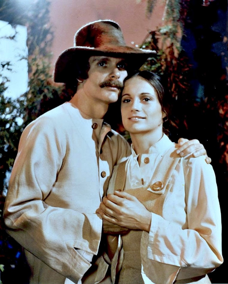 "Keir Dullea as Devon and Gay Rowan as Rachel from the the Cypress Corner biosphere on ""The Starlost"""