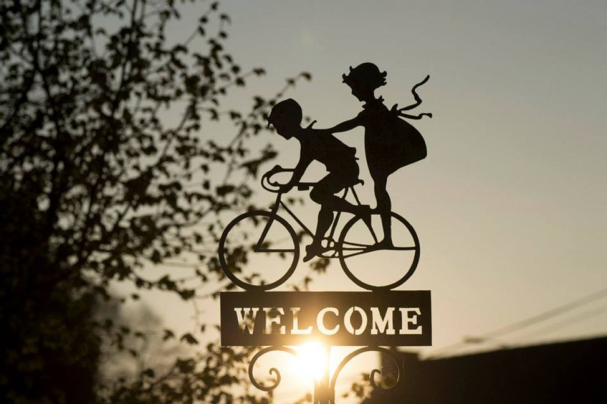 A welcome sign for bicyclists.