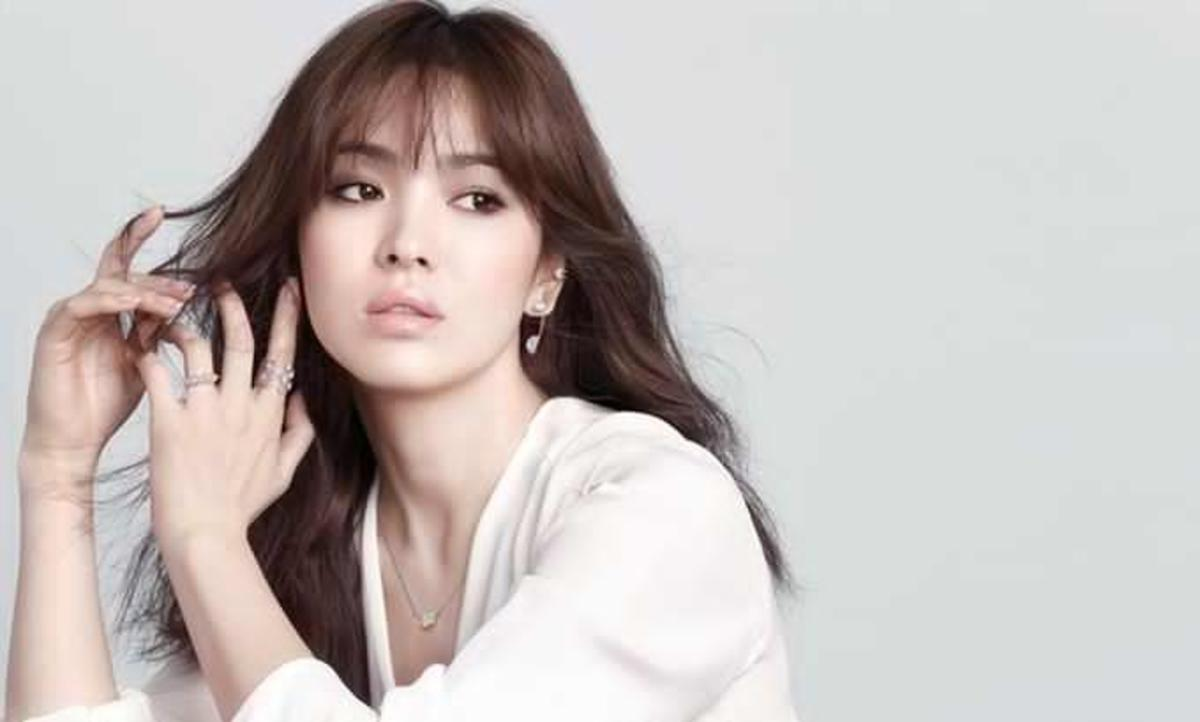 Actress Song Hye Kyo for J.ESTINA Diamond Jewelry Campaign 2015