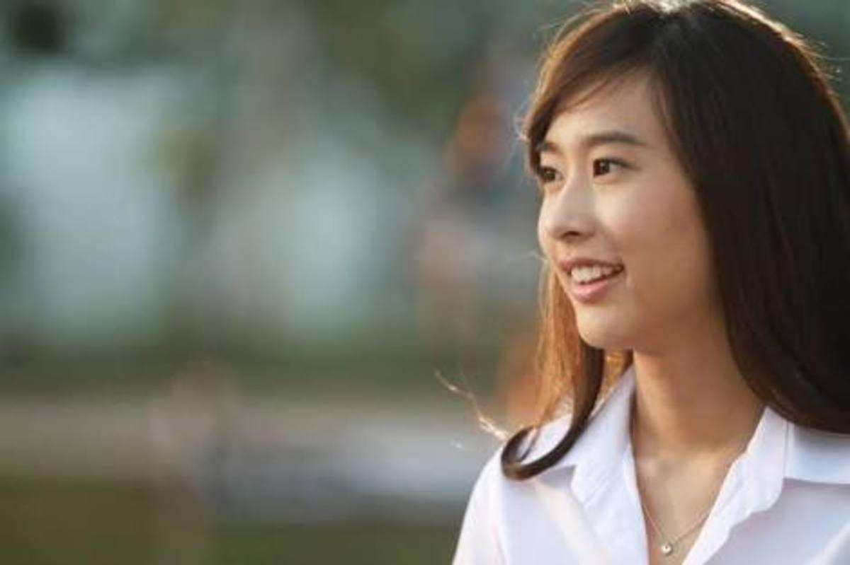 my-name-is-love-2012-thai-romantic-comedy-movie-review-khao-riak-phom-wa-kwam-rak