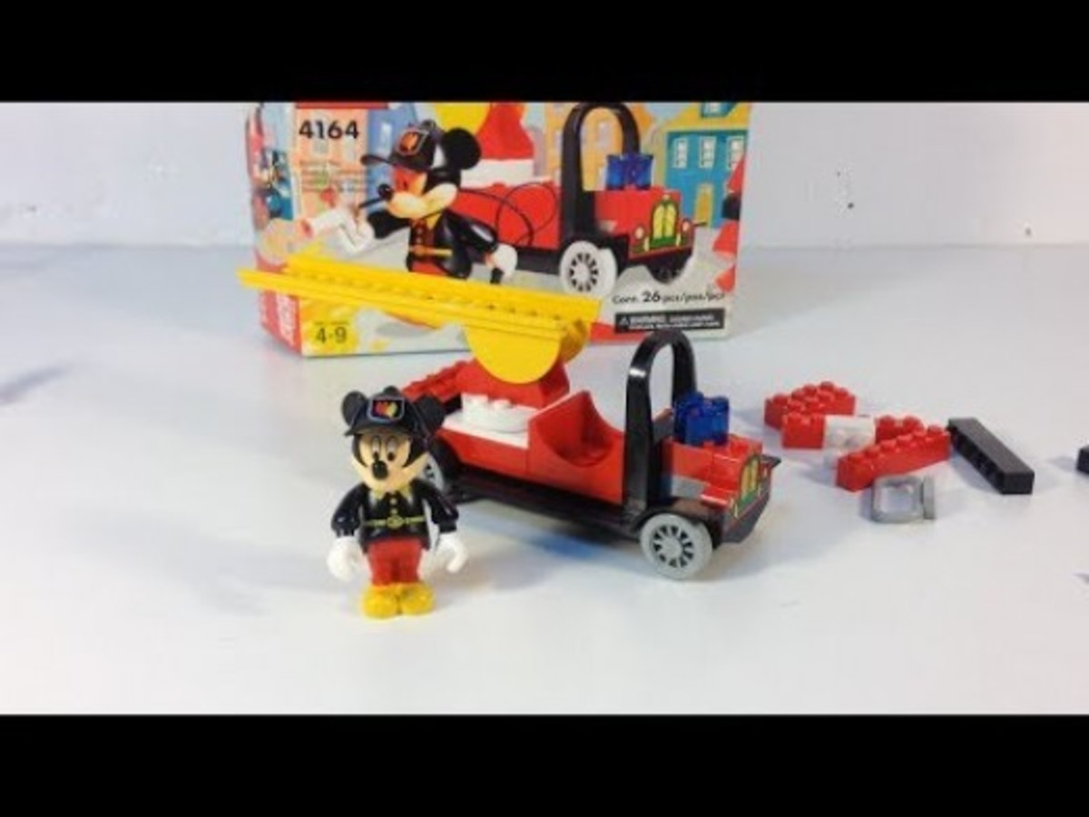 LEGO Mickey Mouse Mickey's Fire Engine 4164 Assembled