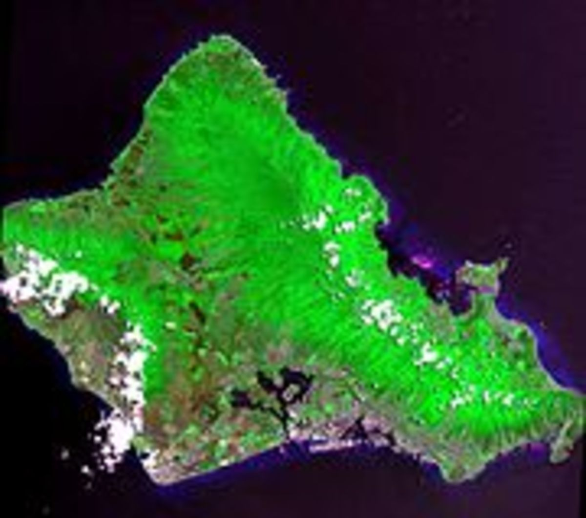 Oahu has a land area of 596.7 square miles