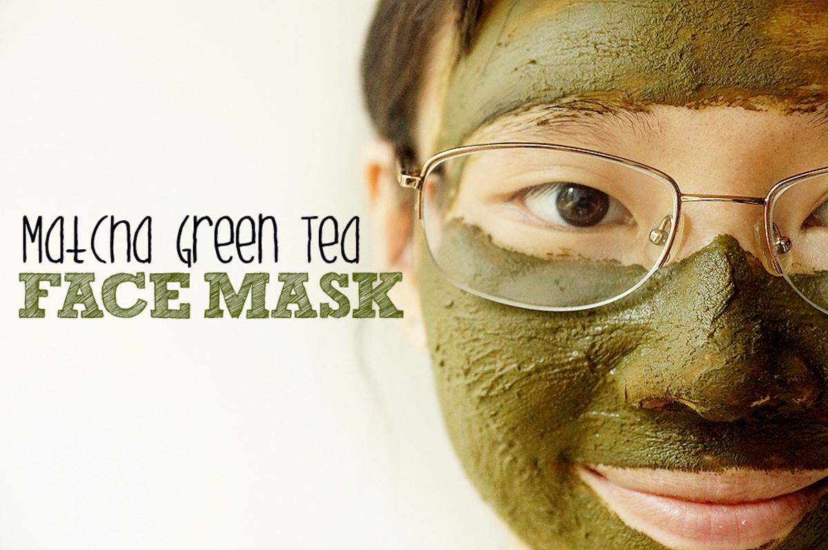 Get gorgeous skin with this Matcha Green Tea Face Mask DIY.