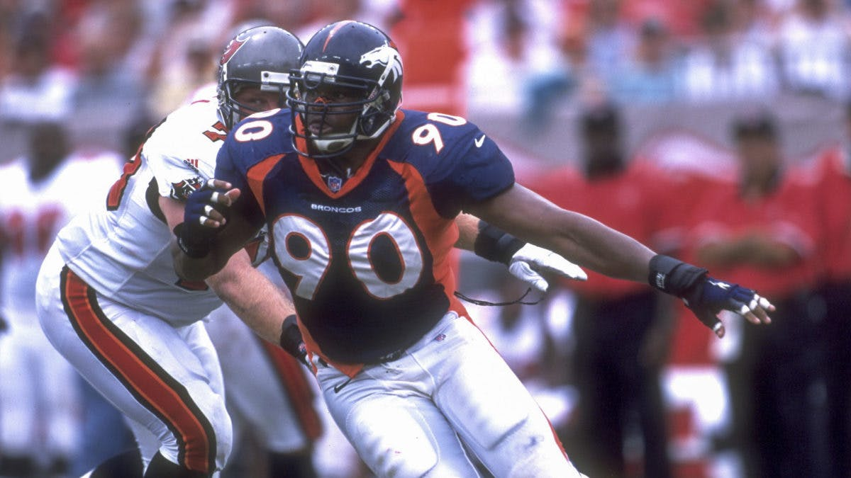 top-10-defensive-linemen-not-in-the-pro-football-hall-of-fame
