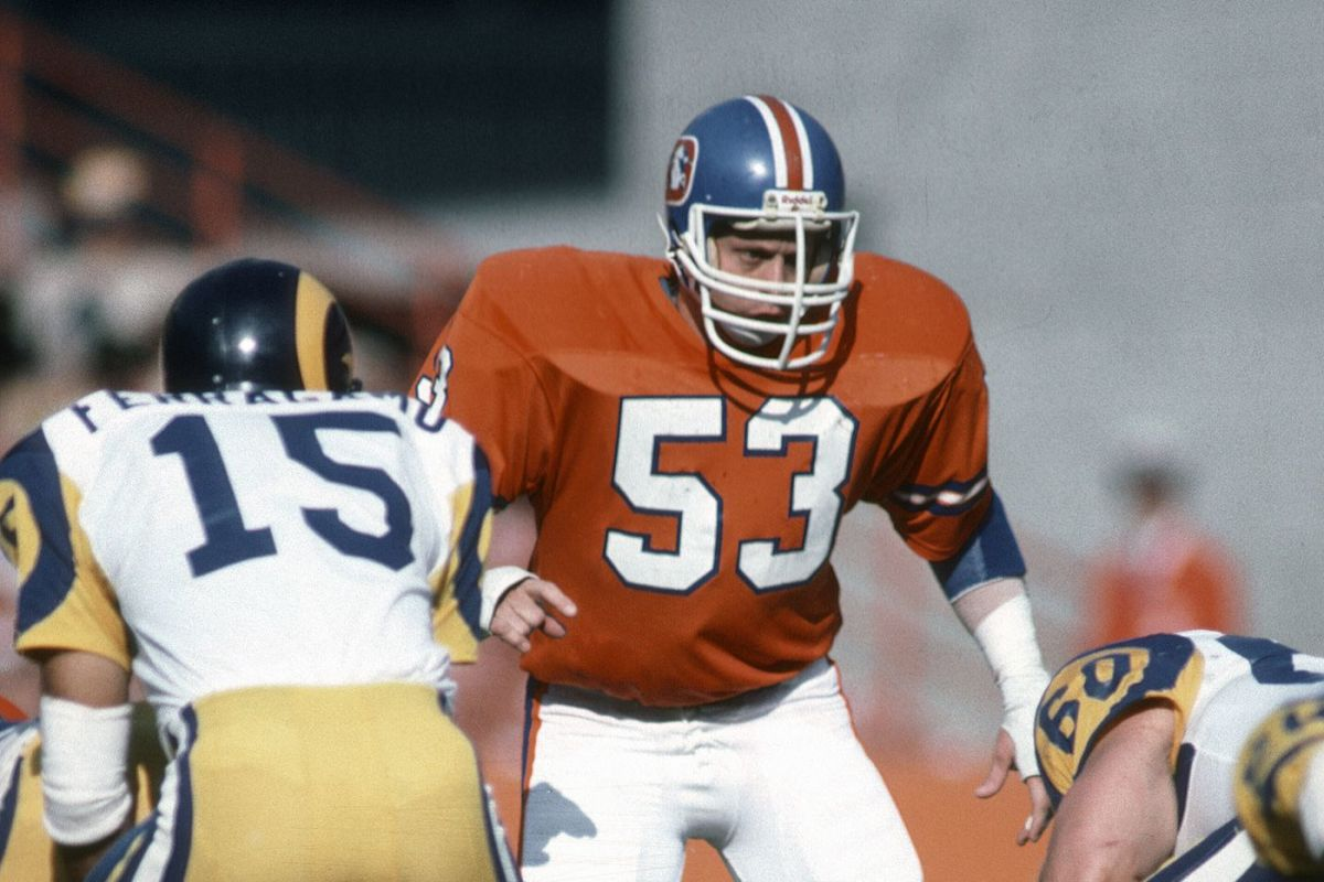 top-10-linebackers-not-in-the-pro-football-hall-of-fame