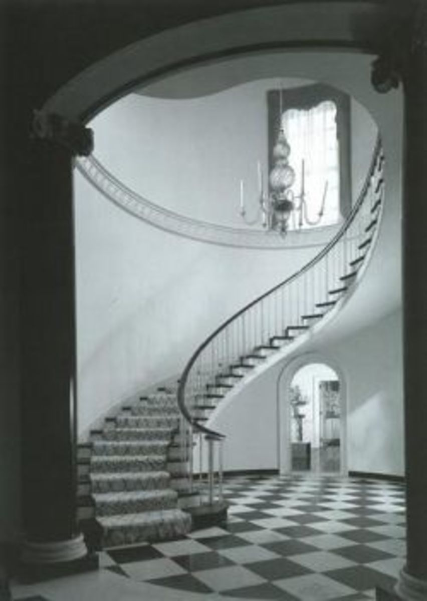 http://www.squidoo.com/women-interior-designers