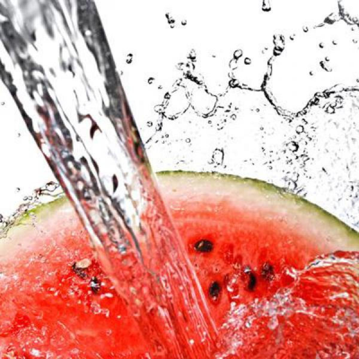 energy-foods-to-fight-fatigue-the-superb-benefits-of-cinnamon-honey-green-tea-tomatoes-and-watermelon