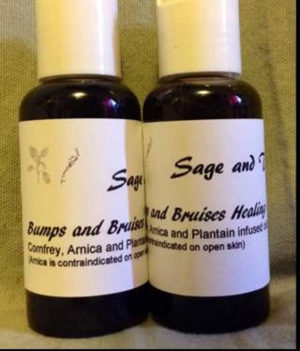 Bumps and bruises blend consisting of comfrey, plantain, arnica infused olive oil