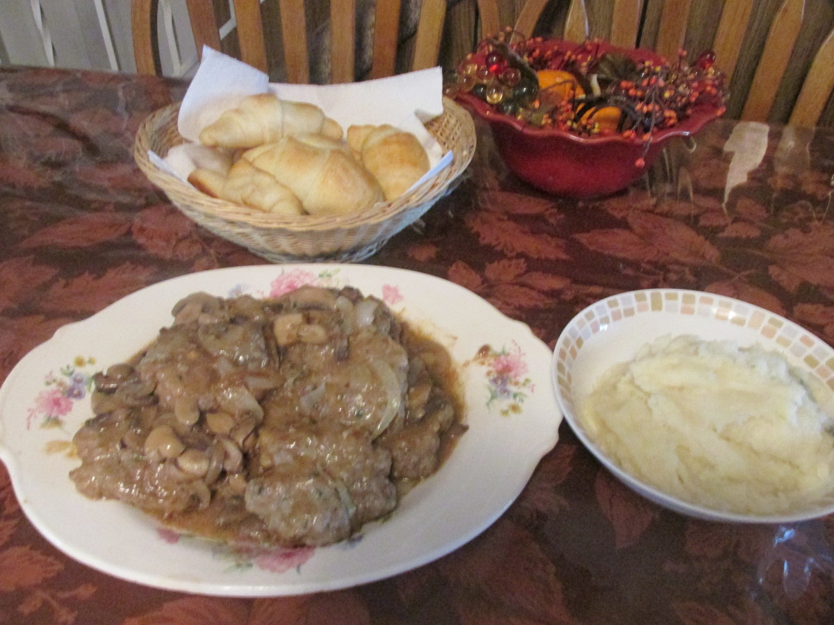 Salisbury Steak with Mushrooms and Onions