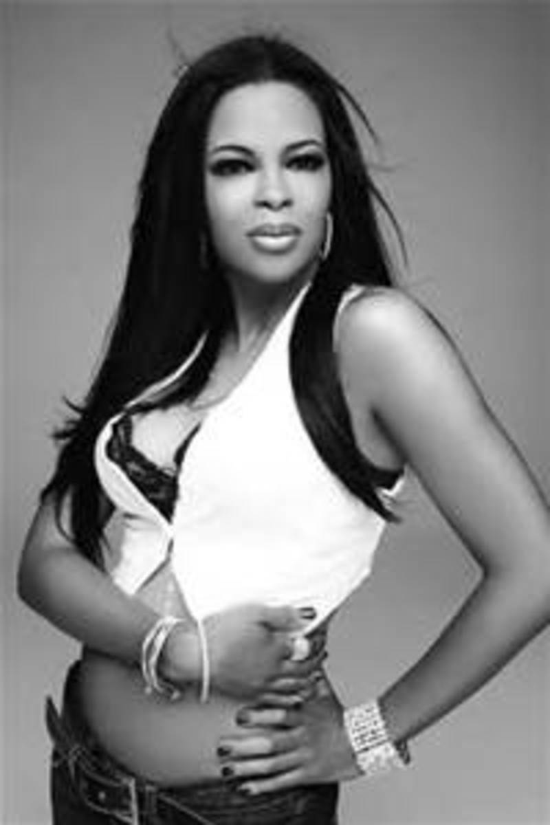 Dawn Robinson never achieved the success as a solo artist that she did being apart of En Vogue.