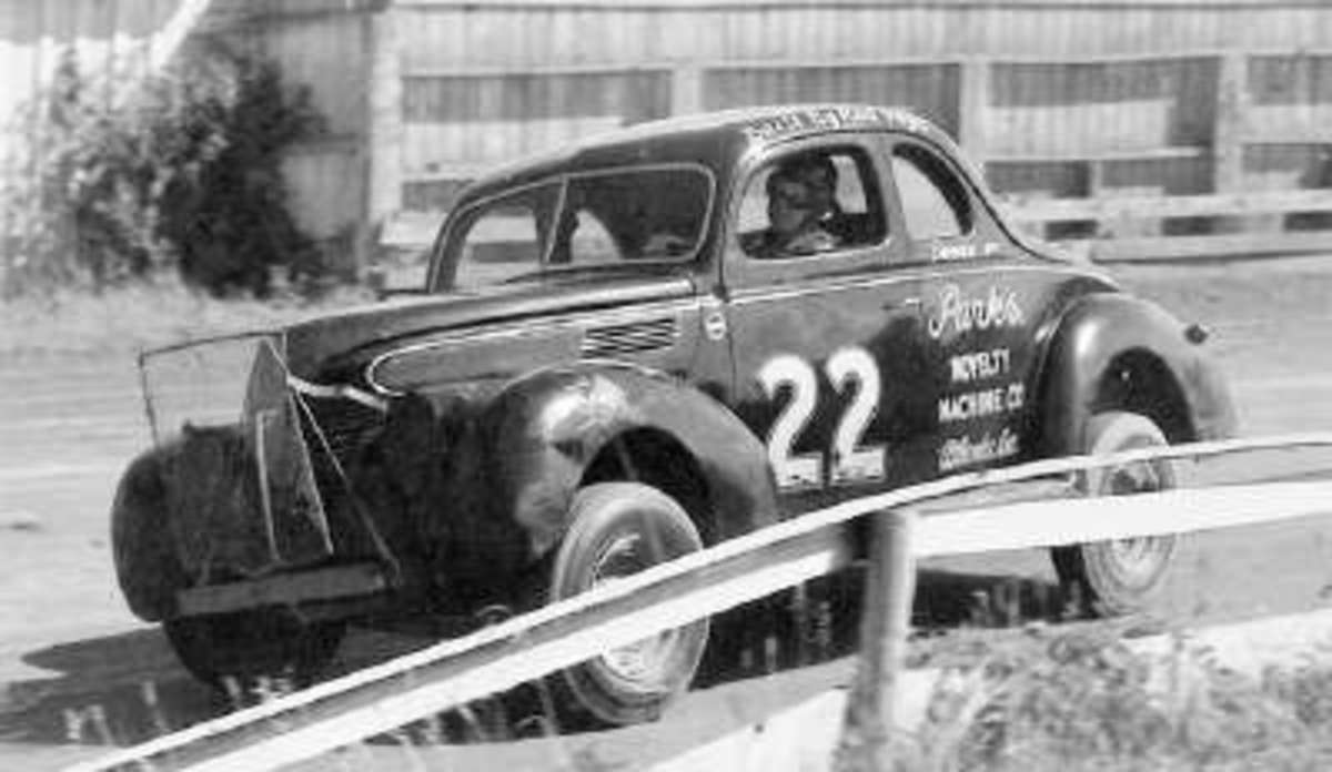 Marshall Teague's 1939 Ford Sedan at the Daytona  Beach Road Course