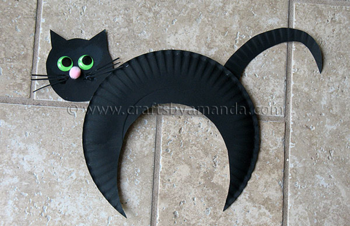Make a black cat craft project using a paper plate