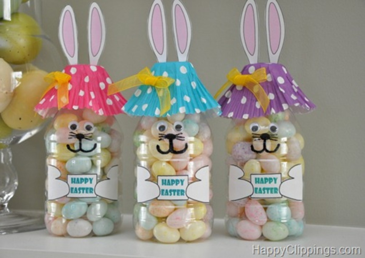 These Easter Bunny craft project is made with a small, plastic water bottle, a cupcake wrapper, and construction paper.  Easy Easy Easy and Fun.
