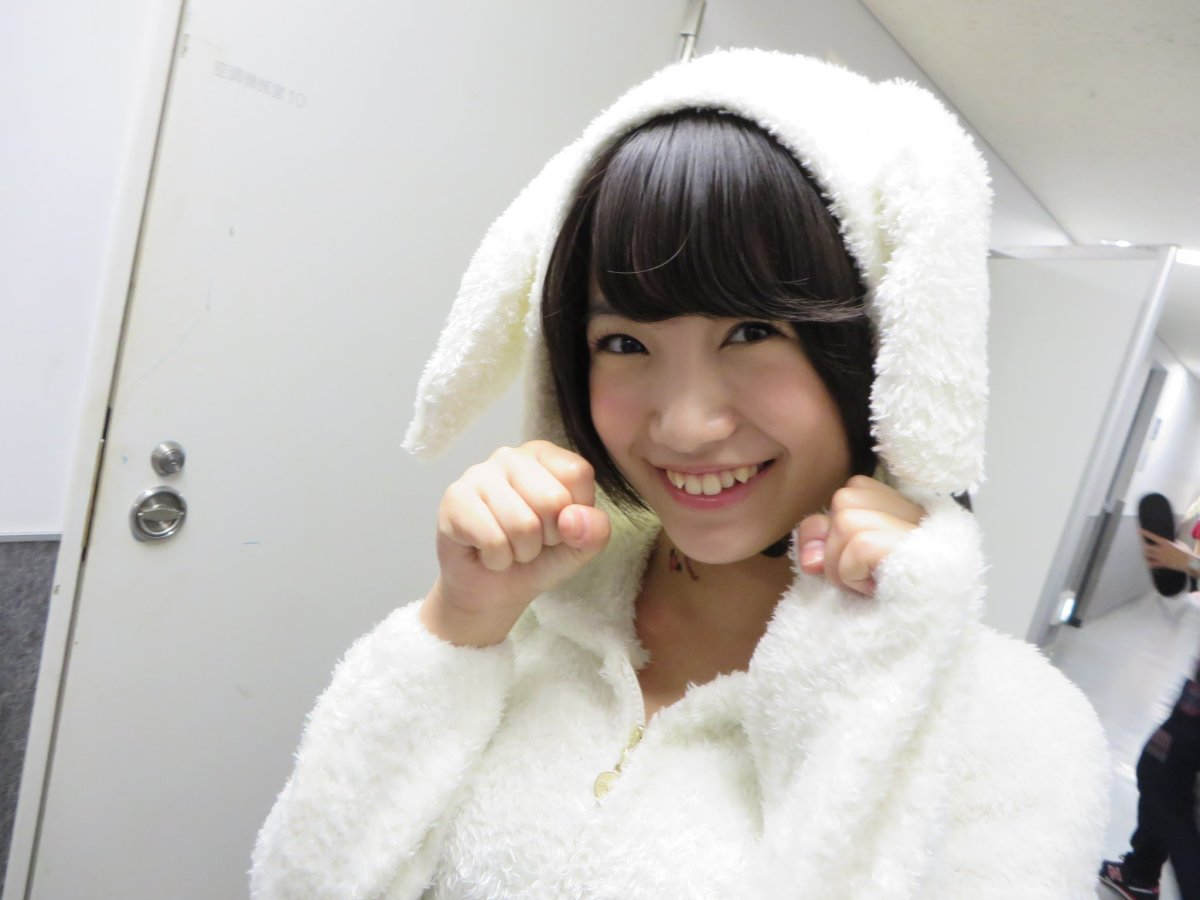 mio-tomonaga-cute-japanese-idol-singer-and-member-of-the-groups-hkt48-and-akb48
