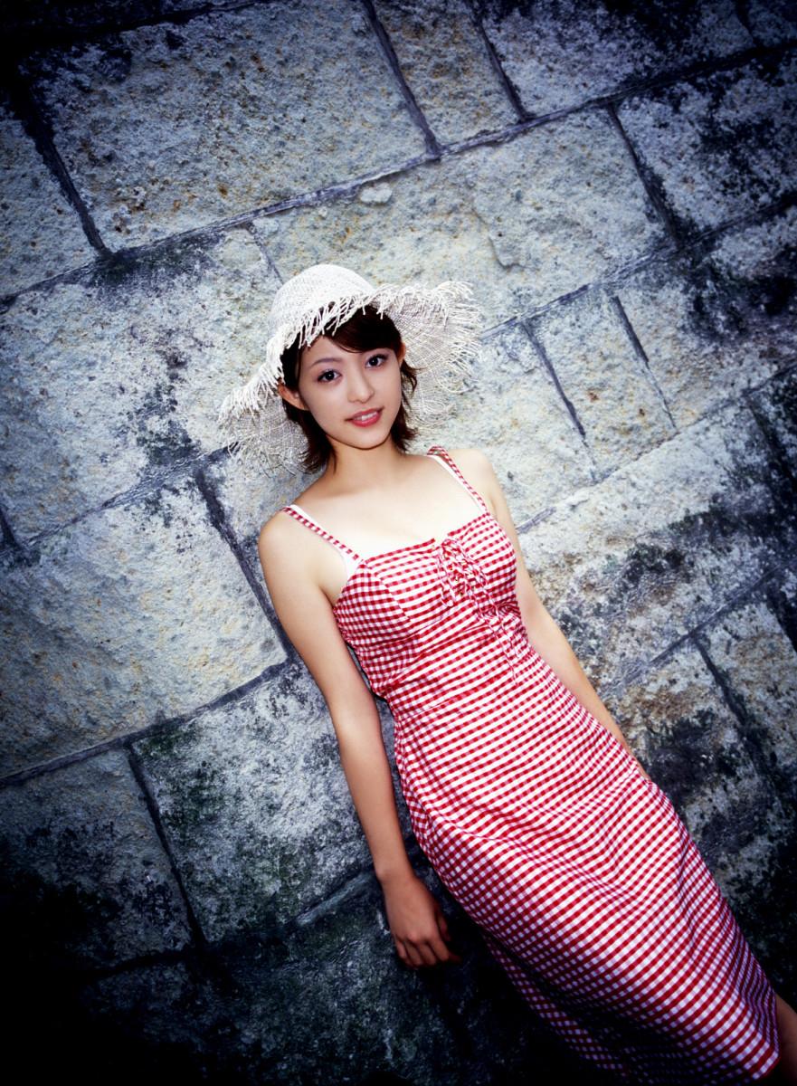 Mayuko Iwasa Beautiful Bikini Model And Movie Actress