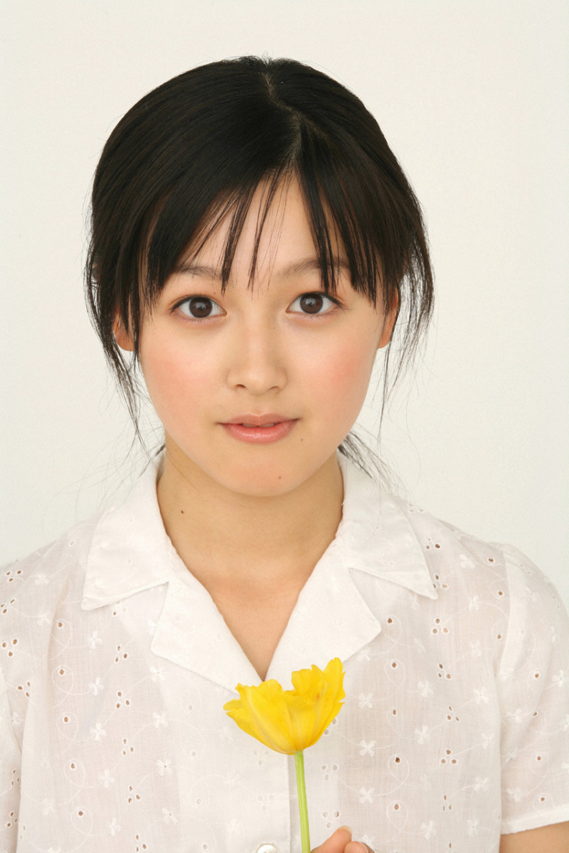 why-is-koharu-kusumi-such-an-interesting-celebrity-interesting-facts-about-this-former-morning-musume-singer