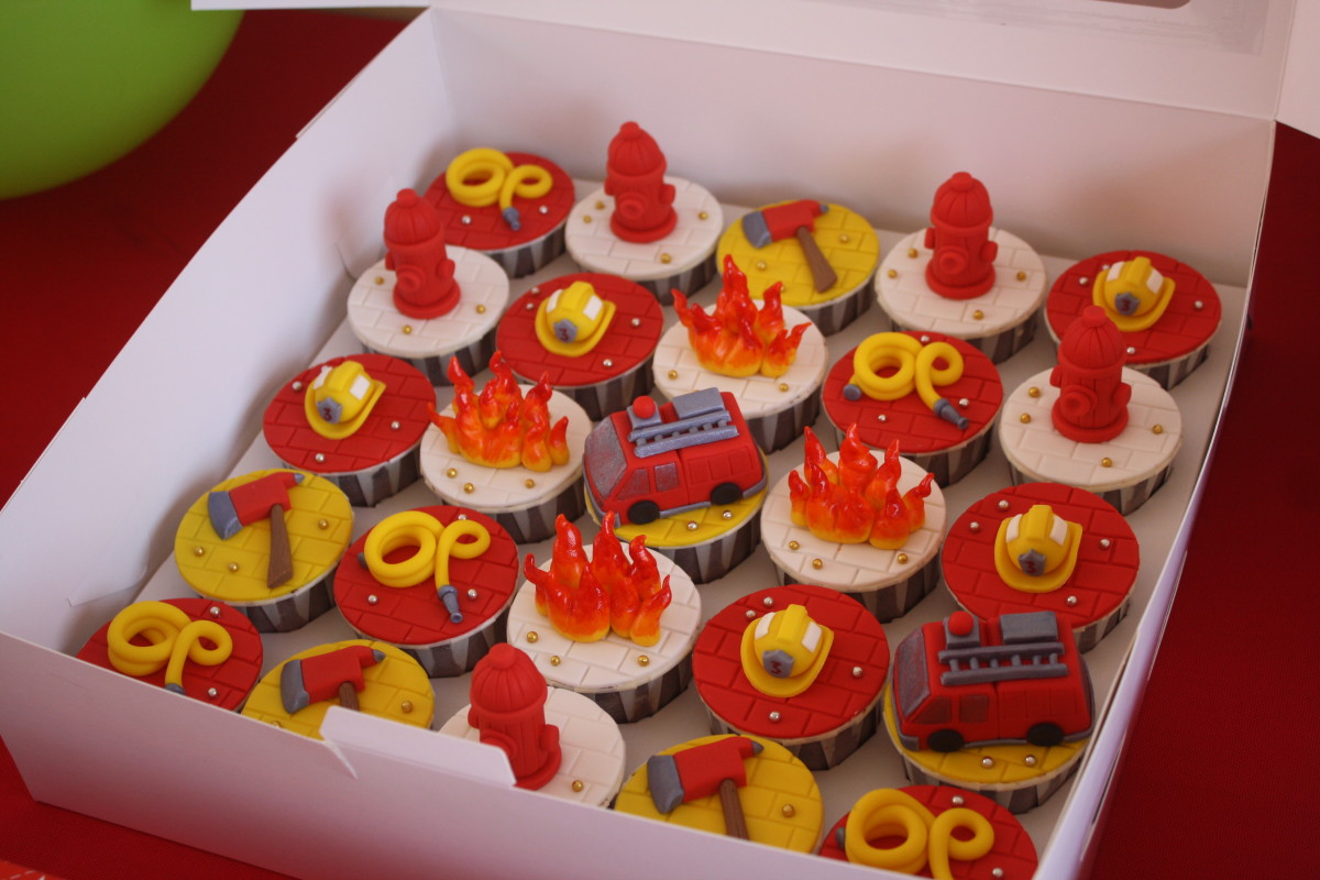 Awesome fire rescue cupcakes