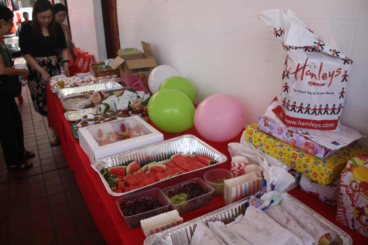 how-to-organize-a-fun-birthday-party-at-a-fire-station