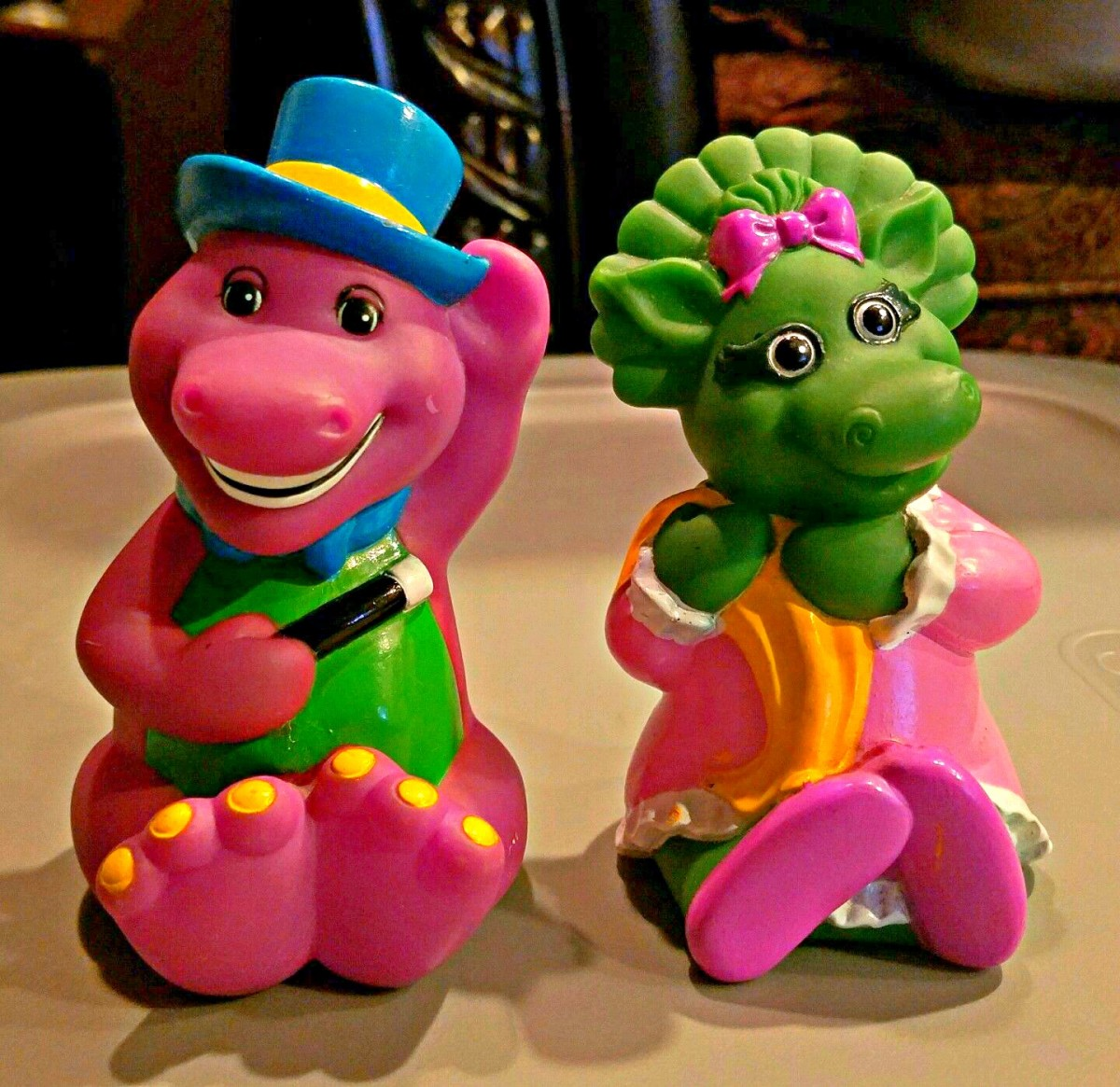 Barney & Baby Bop Plastic Toys distributed by Playskool Baby Inc 1993 Trademark Lyons Company