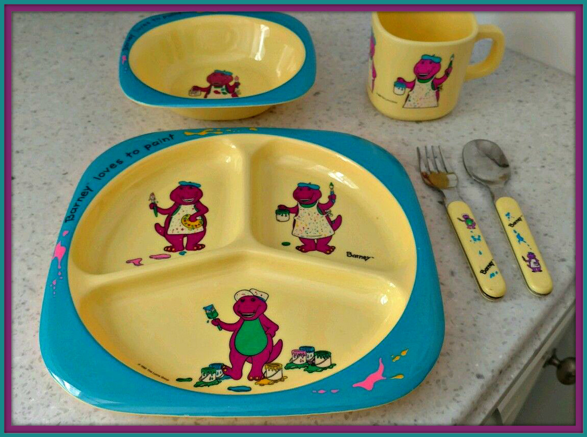 "The  Barney ""Loves to Paint"" came out in 1993 and has very good graphics, it was one of many dinner set  for children made in the early year of the Barney era."