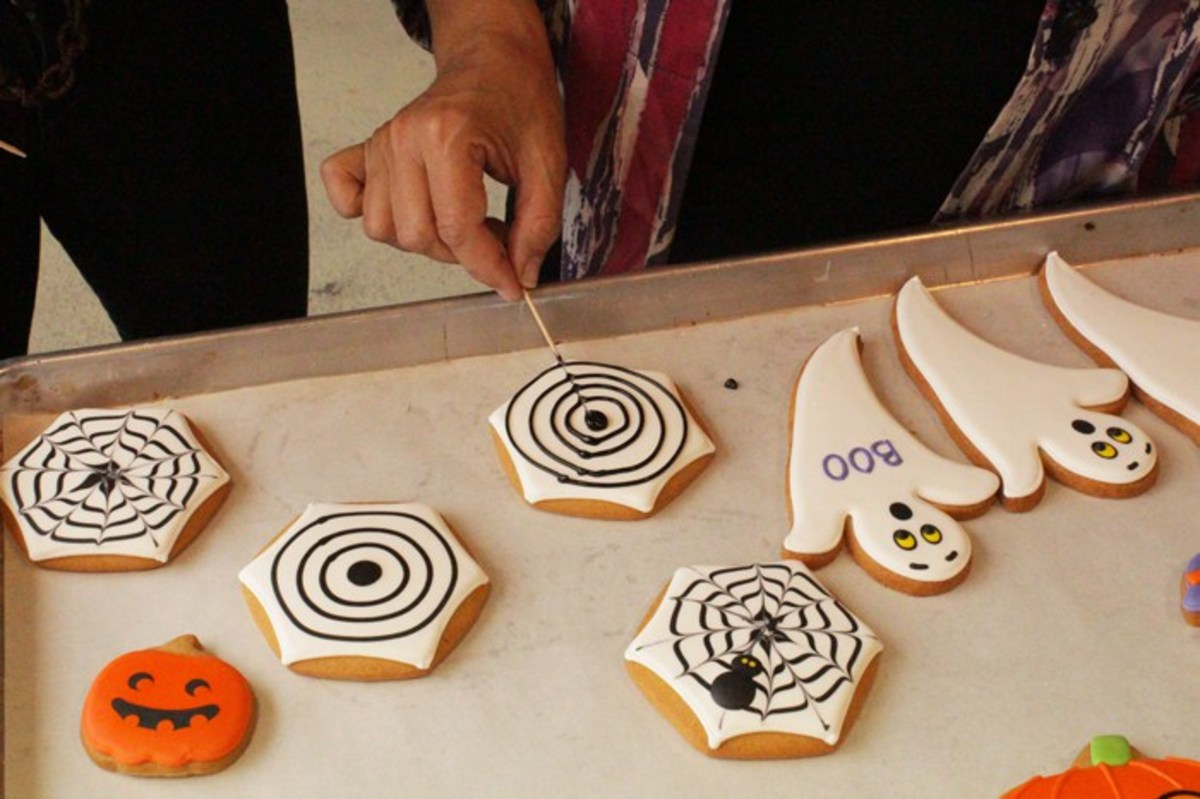 how-to-make-two-creative-homemade-easy-and-kid-friendly-halloween-treats