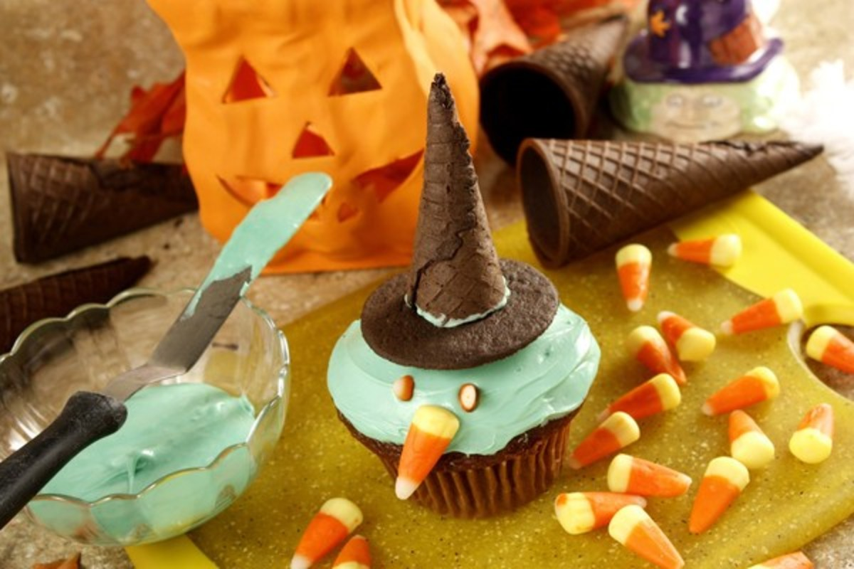 How to Make Delicious Home Made Kid-Friendly Halloween Treats!