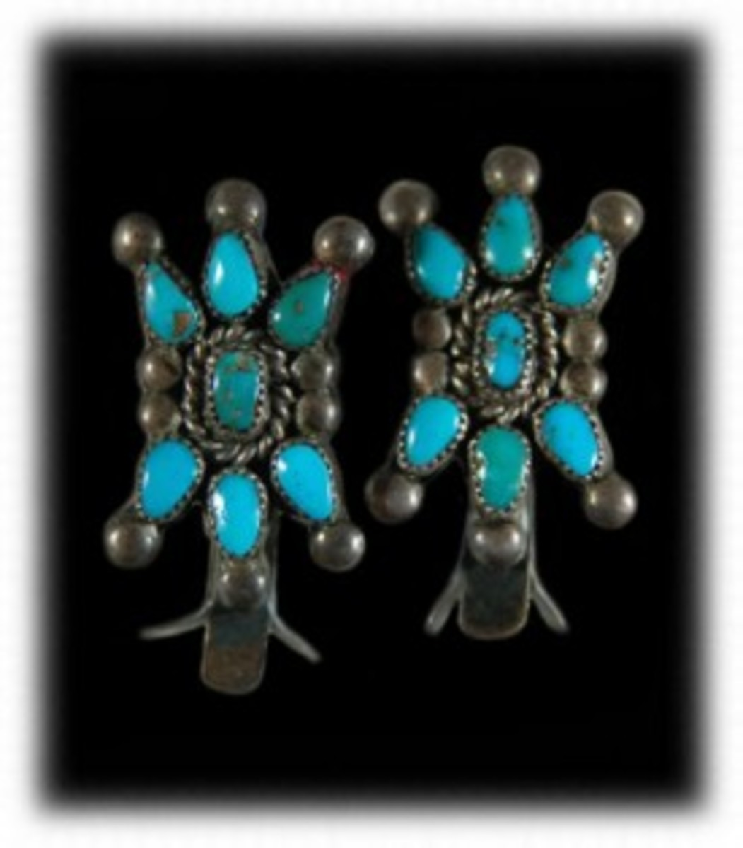 Vintage Navajo cluster earrings made from 1940-1960.  The sky blue turquoise is from Arizona mines.