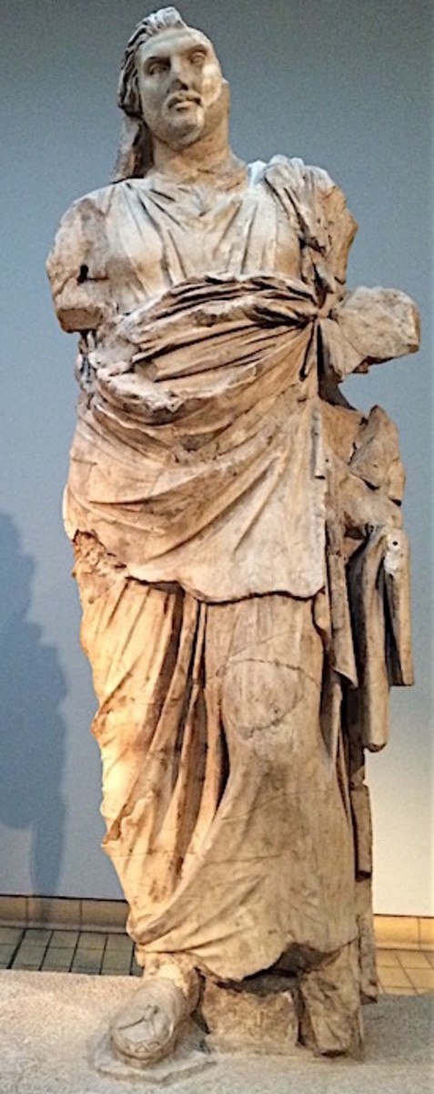 Statue of Mausolos at the British Museum