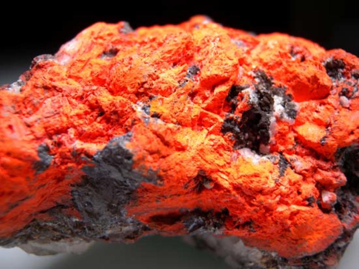 Lead Tetroxide ( Minium)  Pb2+2Pb4+O4