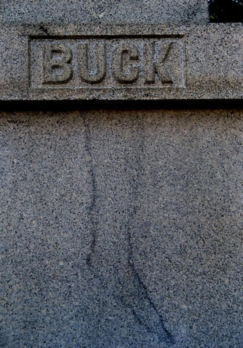 haunted-cemeteries-in-maine