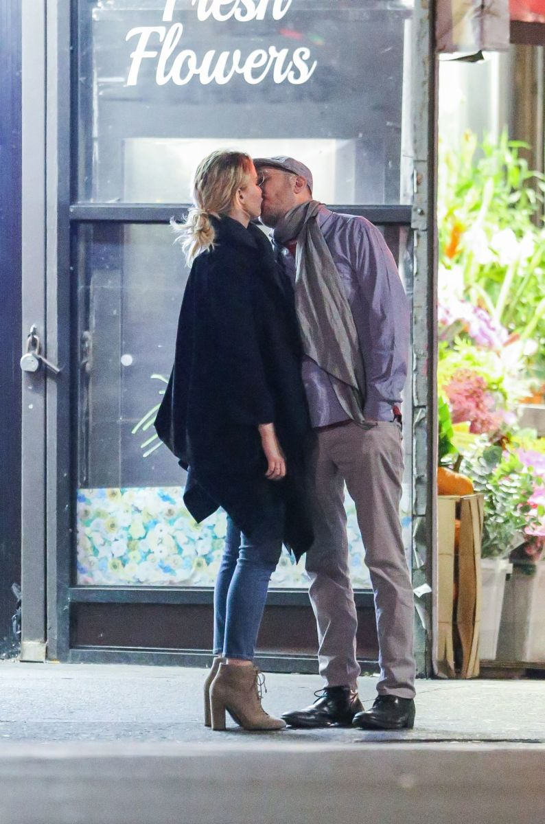 Jennifer Lawrence (26) and Darren Aronofsky (47)