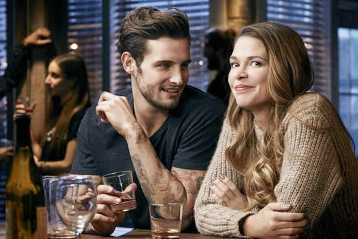 Josh (26) and Liza (40) from TV show Younger