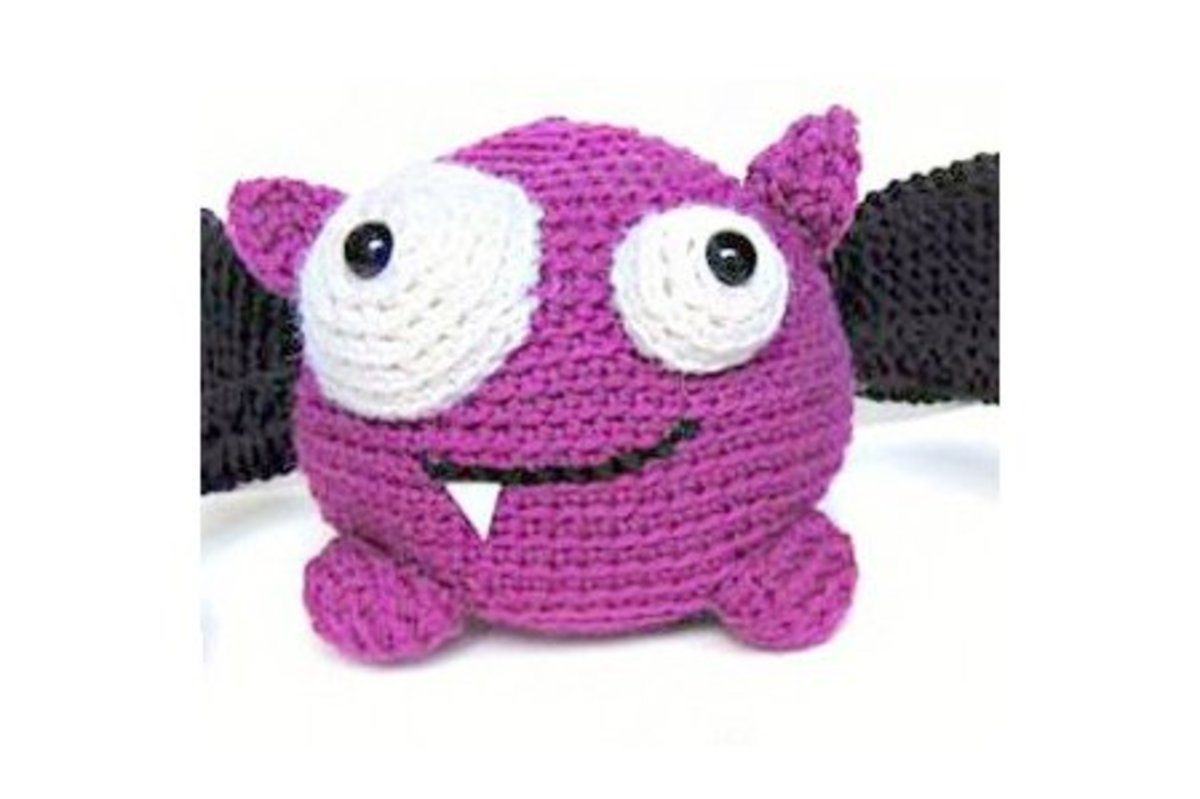 Amigurumi Halloween Free : Free halloween bat crochet patterns hubpages