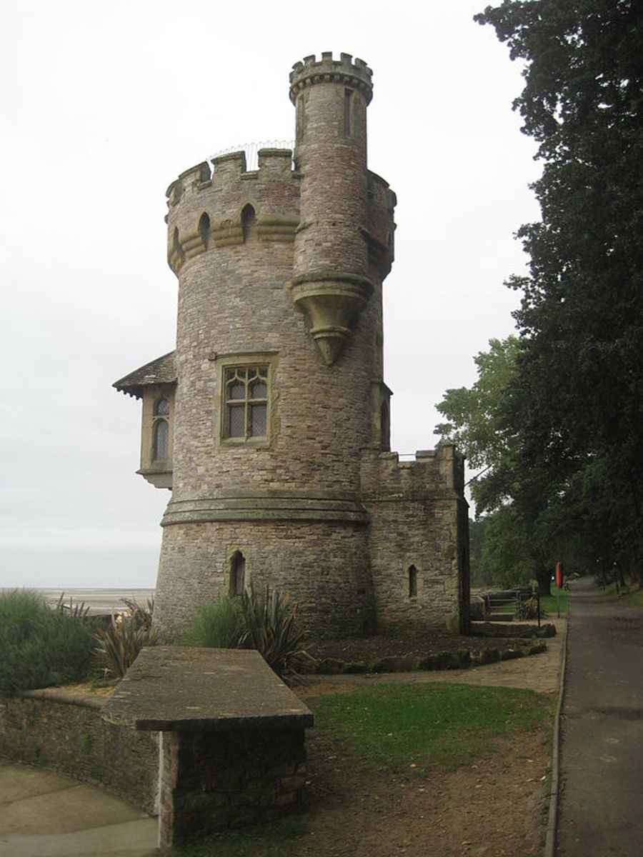 "Appley Tower, Ryde, Isle of Wight. A folly built in 1875 for Sir William Hutt, who described it as ""The Watch Tower"". Designed by Thomas Hellyer and built by Isaac Barton."