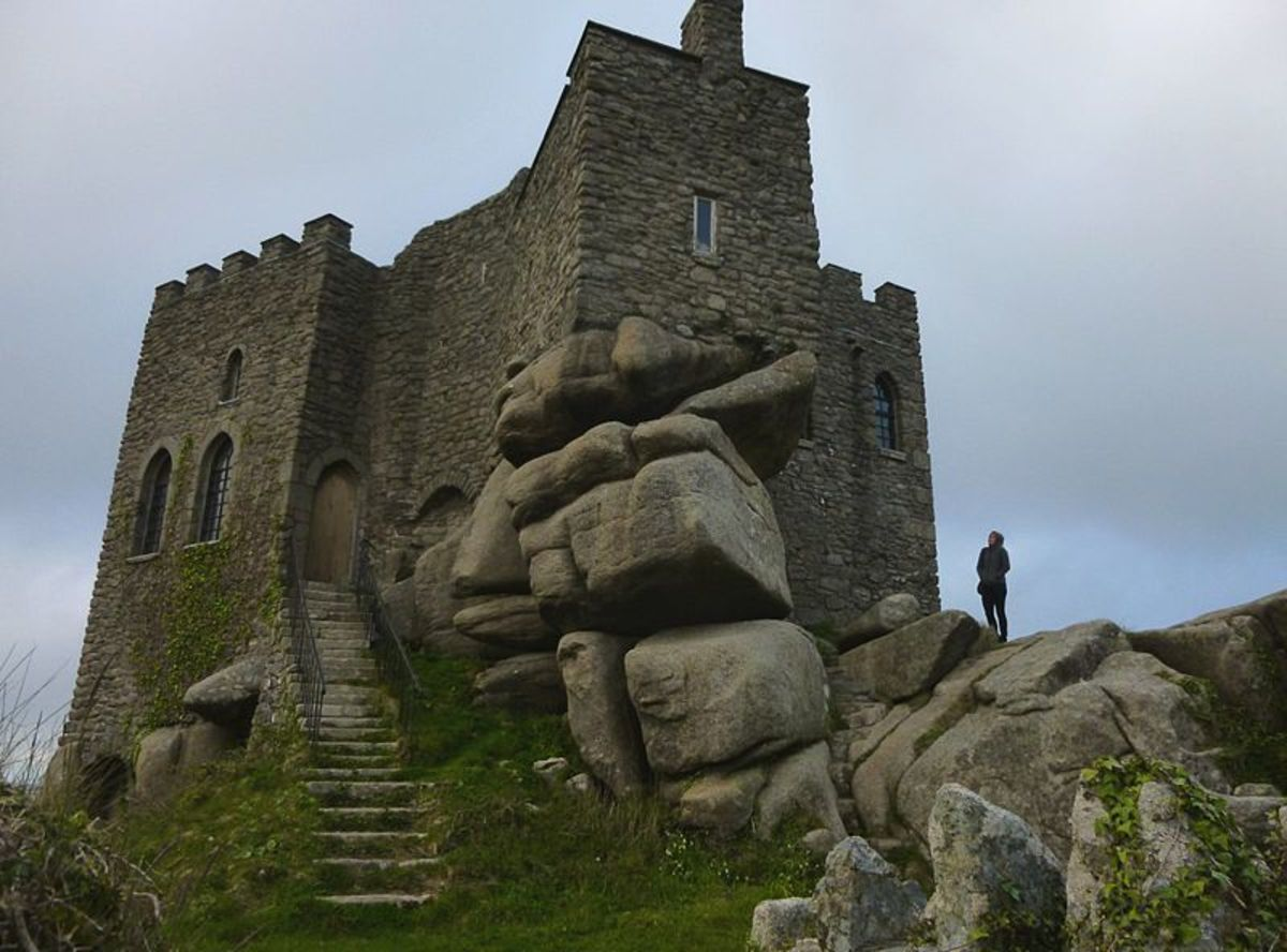Carn Brea Castle on Carn Brea is a 14th-century granite stone building which was extensively remodelled in the 18th century as a hunting lodge in the style of a castle for the Basset family.