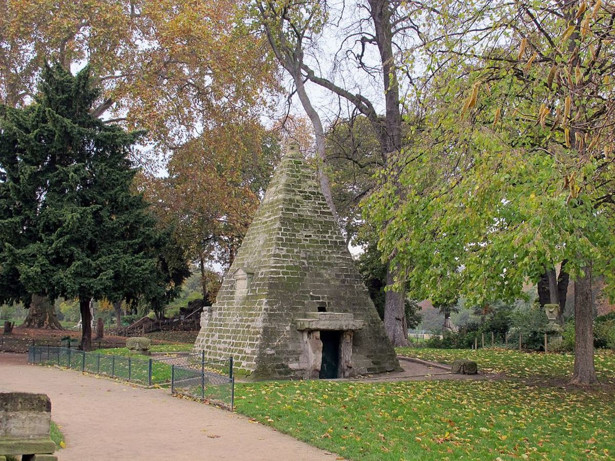 The Egyptian Pyramid (1778) in Parc Monceau, France