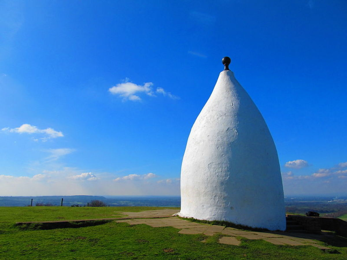 White Nancy which stands above Bollington Cheshire was built in 1817 by John Gaskell junior of North End Farm to commemorate the victory at the Battle of Waterloo