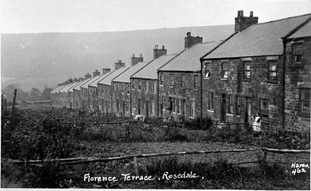 Florence Terrace near Rosedale East ran downhill from near the raílway