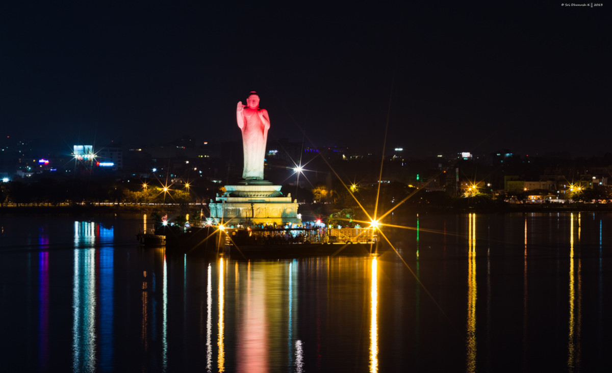 Hussein Sagar Lake, Hyderabad at Diwali Night