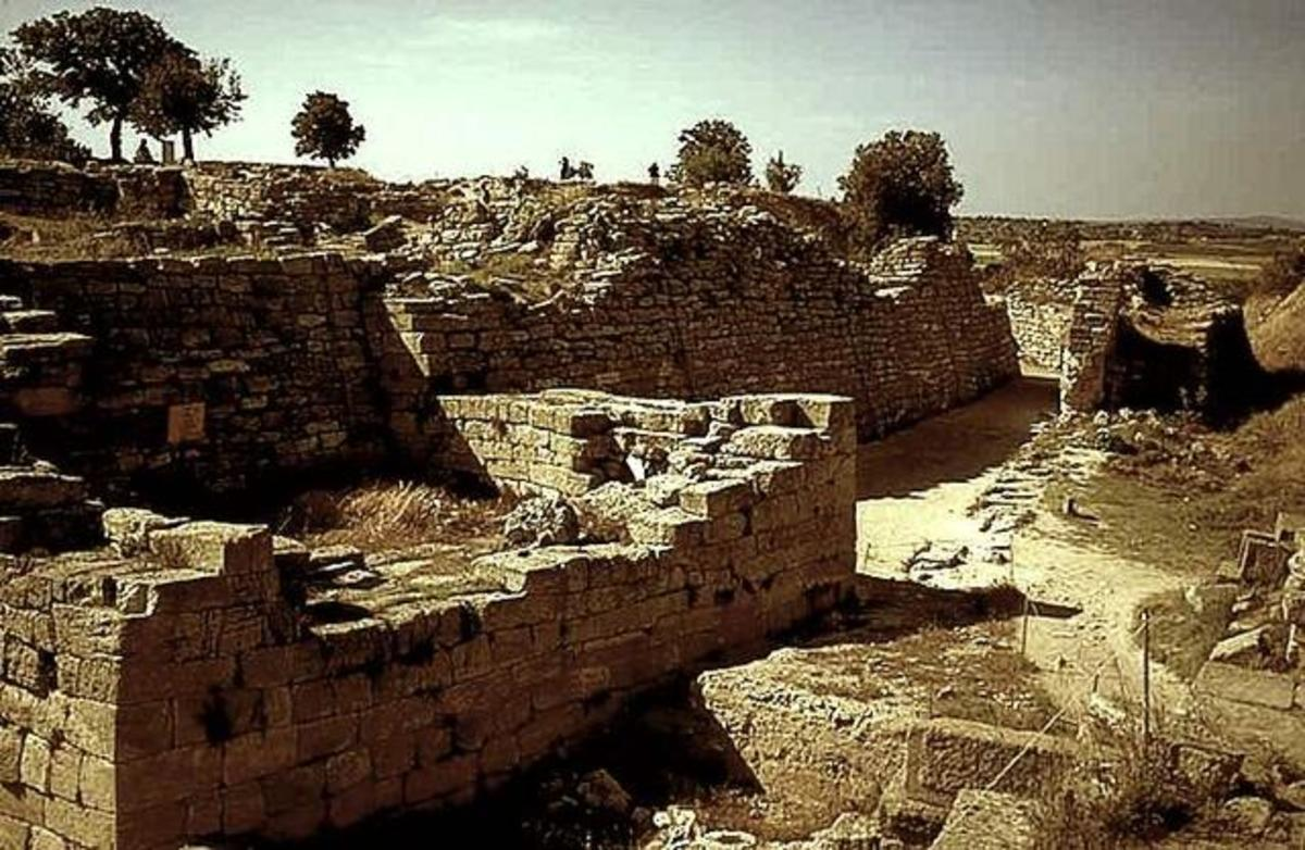 Archaeologists Who Contributed to Today's Understanding of Ancient Troy