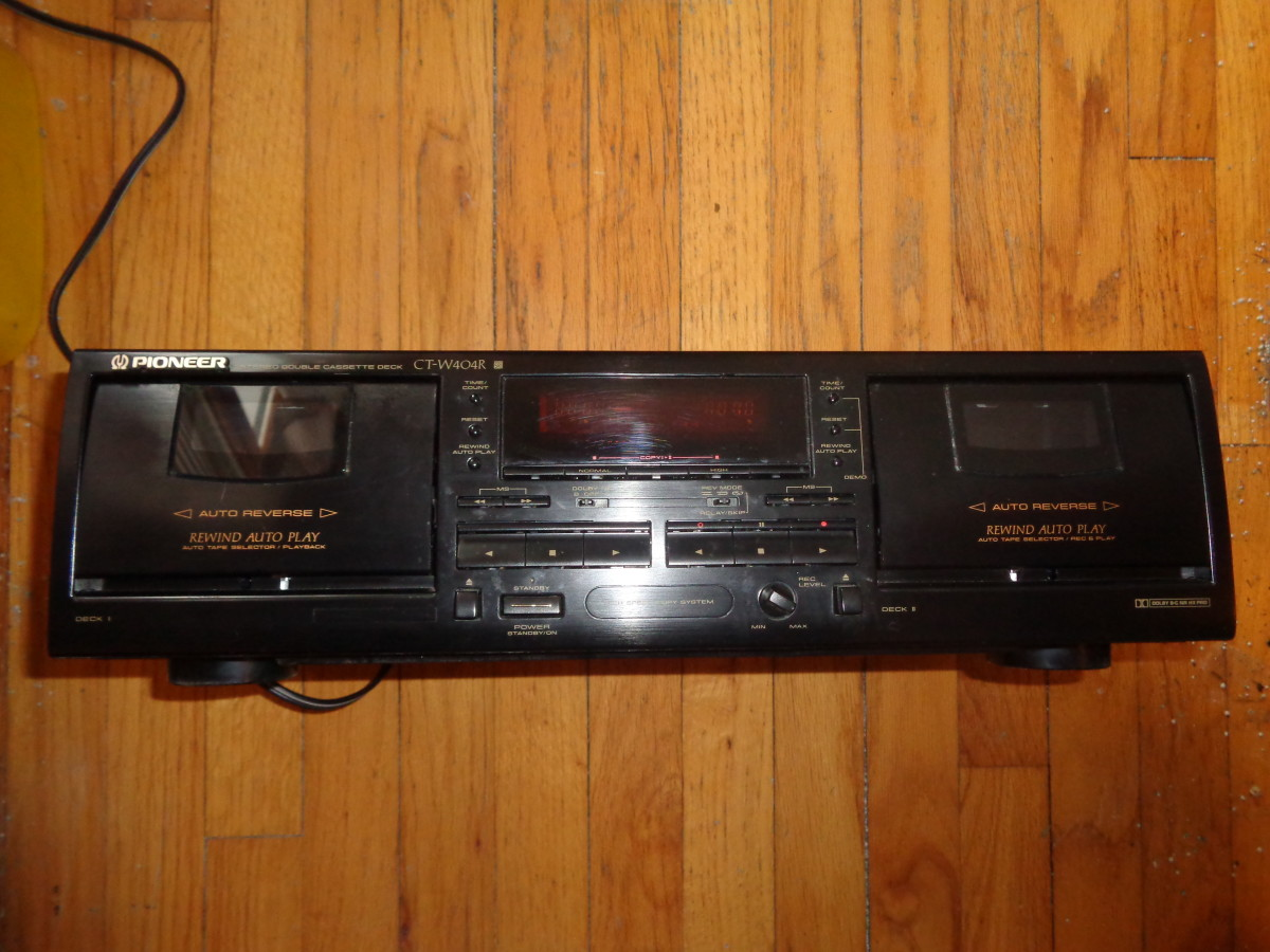 Adventures in Analog: Pioneer CT-W404R Cassette Deck