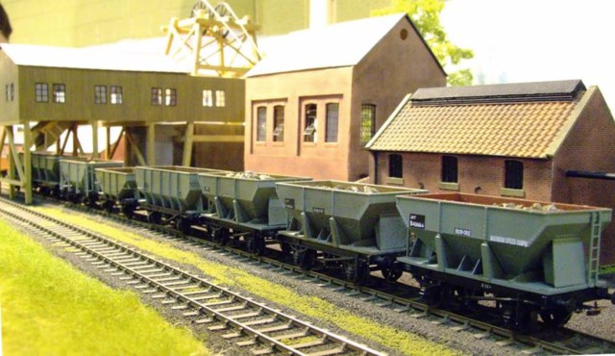 This is the fictional Greyscroft Mine, based on Cleveland (North Yorkshire), with a train of steel hoppers laden with real ironstone chippings.