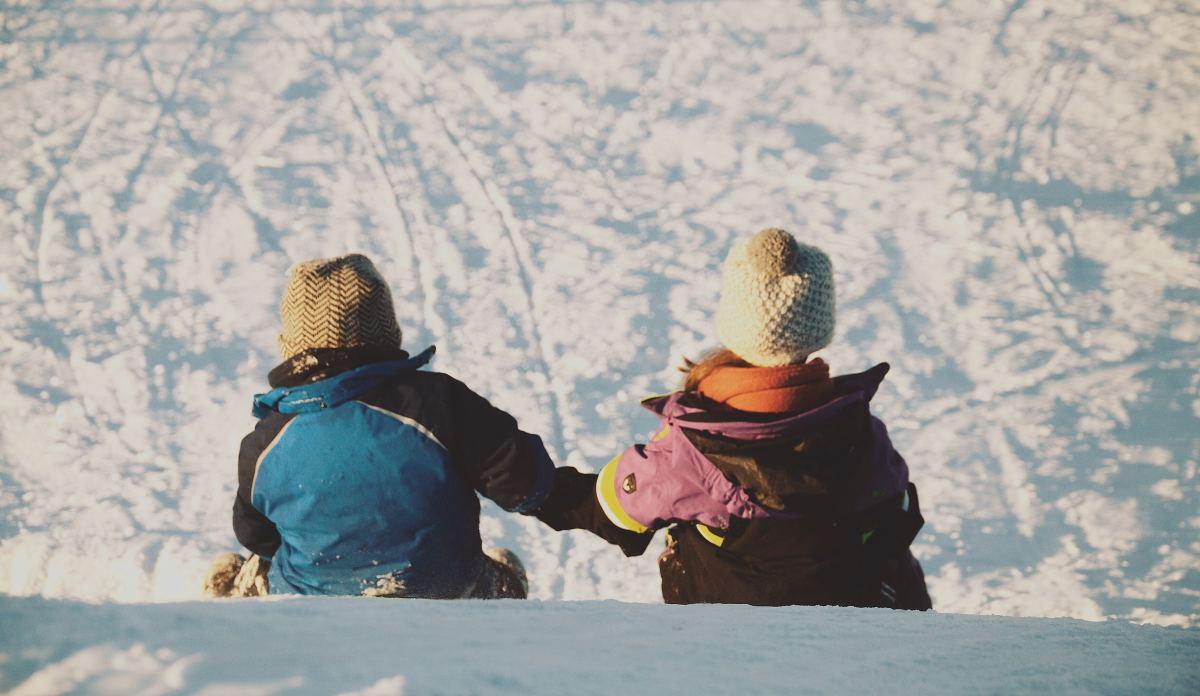 Preschool Holiday Lesson Plan: Helping Hands