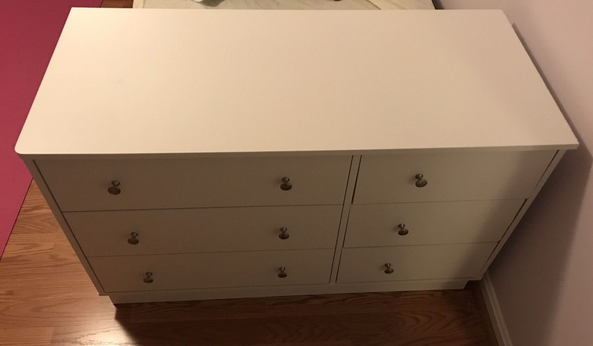 Completed Dresser.  Note the right drawers.
