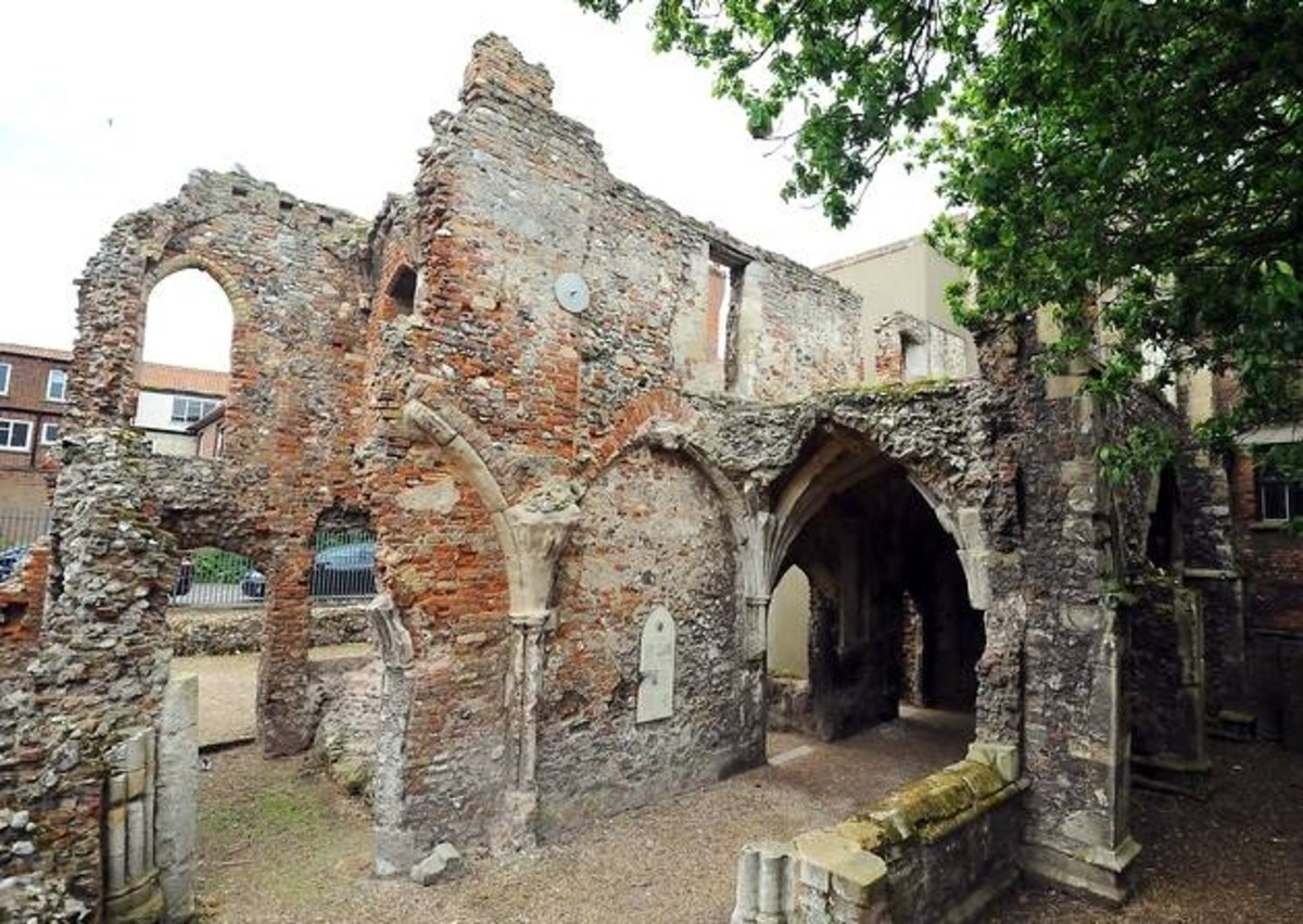The History of Greyfriars Cloisters in Great Yarmouth