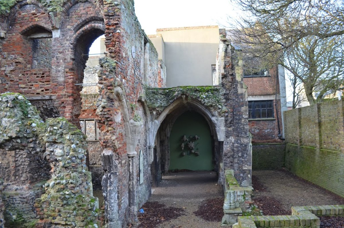 the-history-of-greayfriars-cloisters-in-great-yarmouth